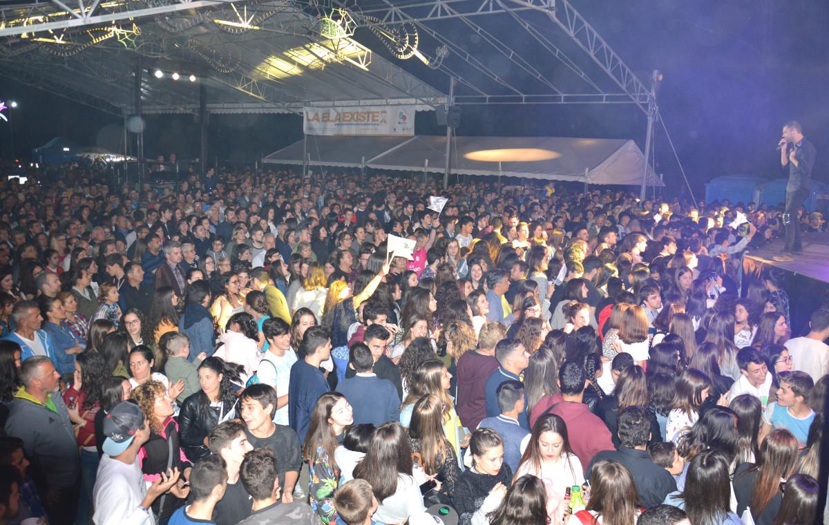 Sed de Panorama. Su estreno en Pontevedra (en Tirán) reúne a más de 4.000 personas