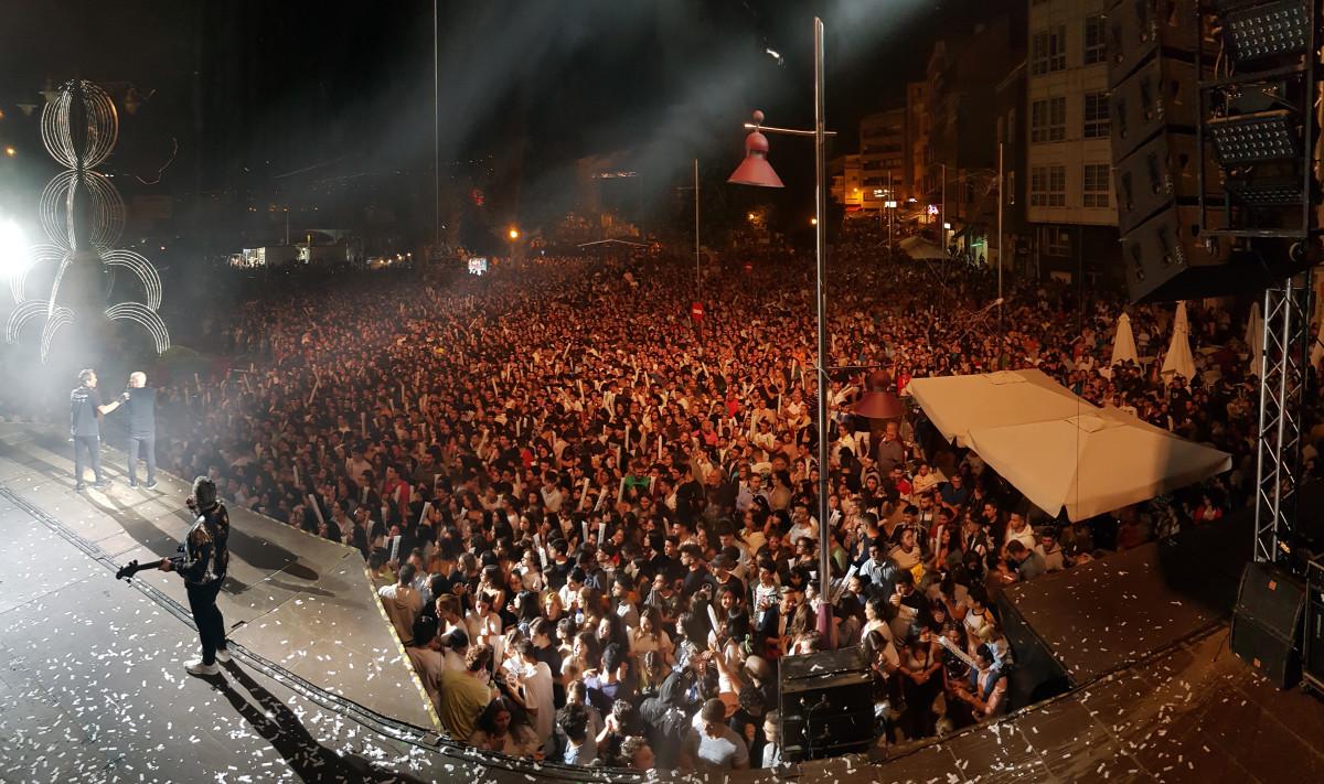 Panorama, sin límites, desborda Marín con miles de personas