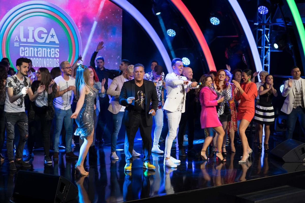 A TVG reúne nun concurso cada xoves ós 'cantantes extraordinarios' da verbena