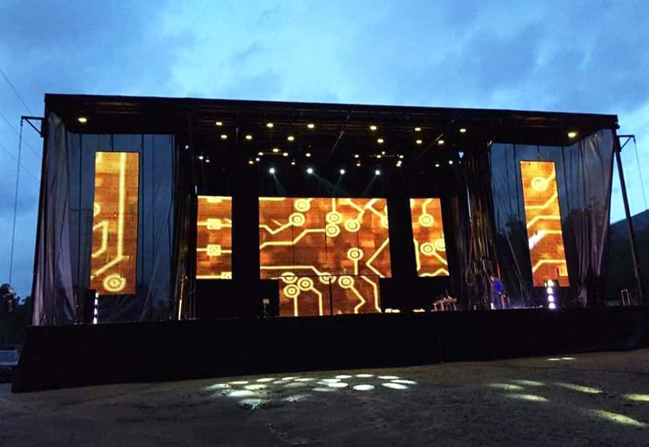 Grupo Bomba Orquesta: Nuevo escenario con 24 metros de frente y un montaje espectacular
