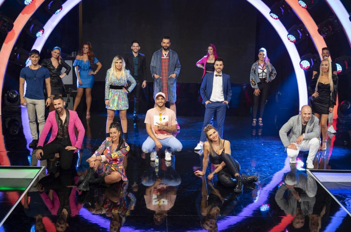 A TVG busca ao 'cantante extraordinario' da verbena desde este xoves
